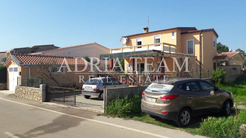 House, 200 m2, For Sale, Vir