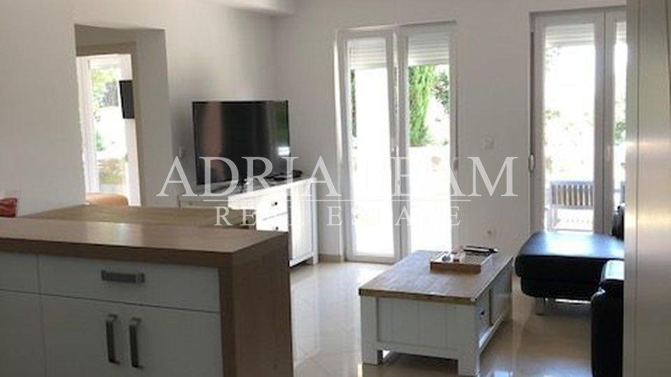 Haus, 270 m2, Verkauf, Novalja