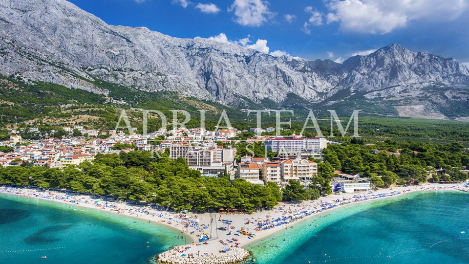 HOTEL WITH 72 ROOMS, BAŠKA VODA - MAKARSKA RIVIJERA