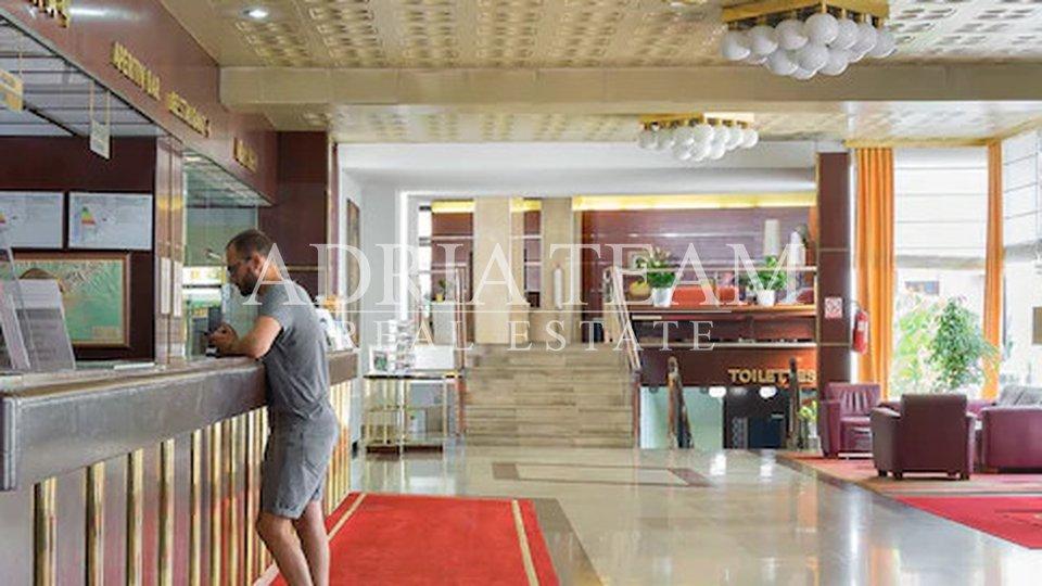 HOTEL SA 166 SOBA , TOP LOKACIJA, ZAGREB