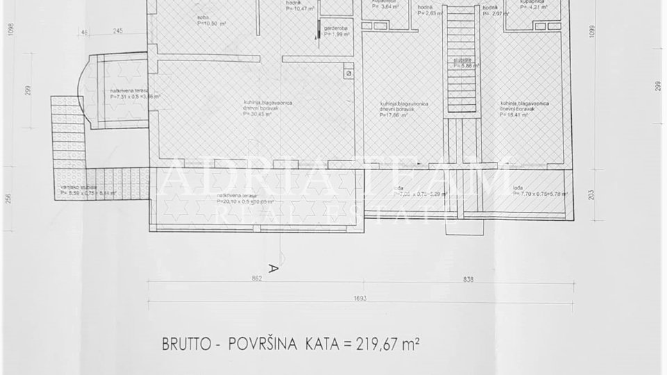 House, 529 m2, For Sale, Privlaka