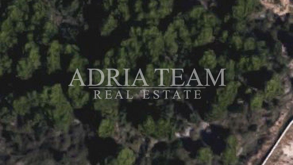 Land, 1007 m2, For Sale, Zadar - Vidikovac