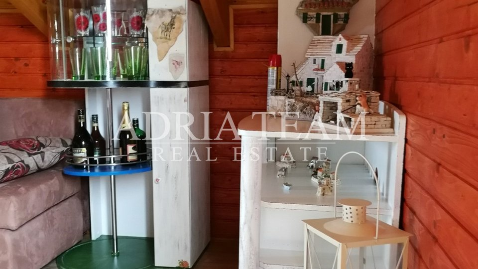 UNIQUE OPPORTUNITY! WOODEN HOUSE WITH A LARGE PROPERTY, ZADAR - BRIŠEVO