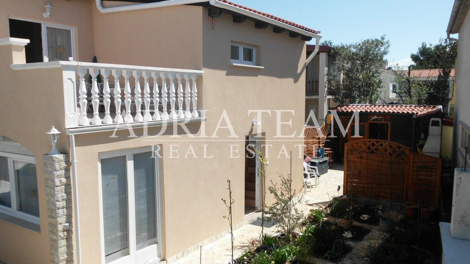 SEMI-DETACHED HOUSE WITH SEA VIEW, 50 M FROM THE SEA, TOP POSITION, VIR