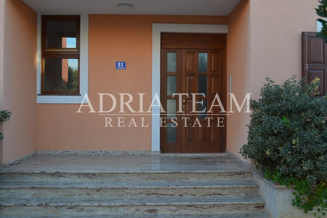 Apartment, 162 m2, For Sale, Zadar