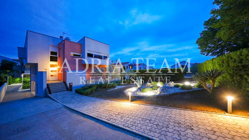 LUXURY FAMILY VILLA - ZADAR
