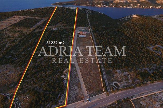 Land, 31222 m2, For Sale, Novalja