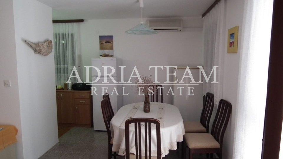 Haus, 200 m2, Verkauf, Novalja