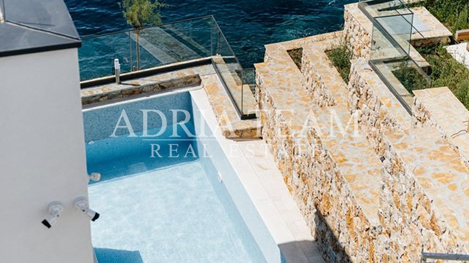 House, 195 m2, For Sale, Marina - Vinišće