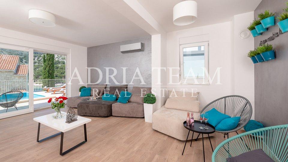 Haus, 200 m2, Verkauf, Rogoznica