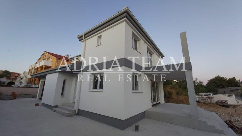 House, 249 m2, For Sale, Vrsi