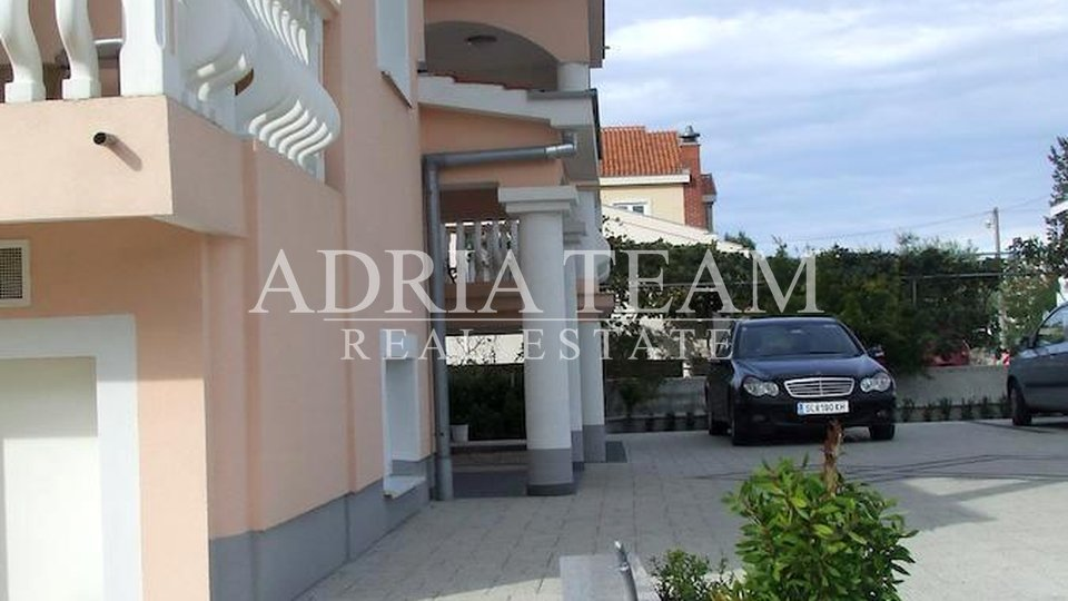 House, 498 m2, For Sale, Zadar - Borik