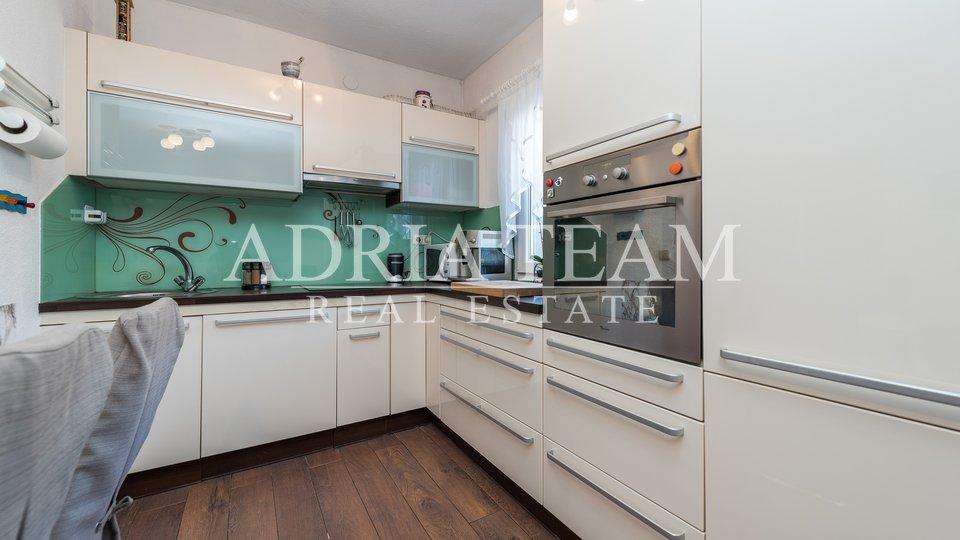 Haus, 201 m2, Verkauf, Vir