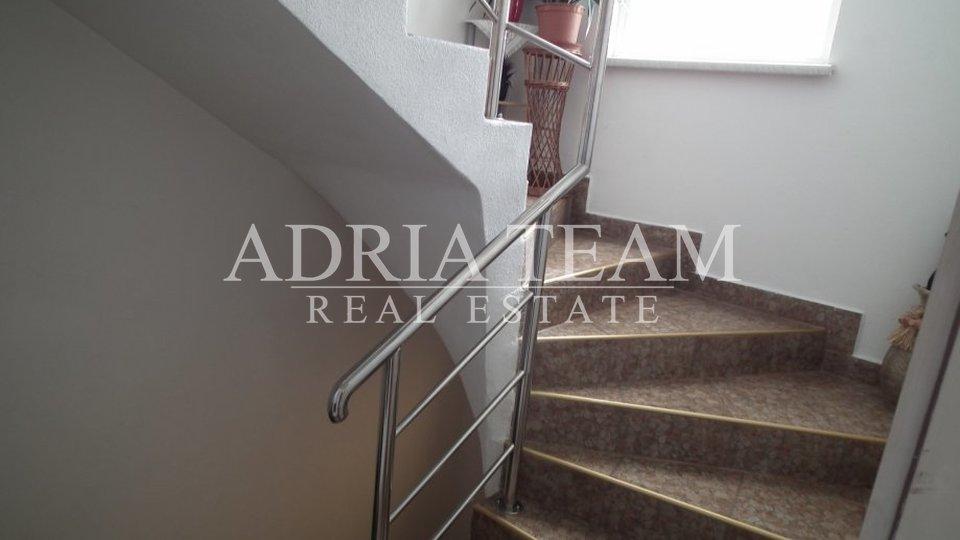 Haus, 270 m2, Verkauf, Zadar - Smiljevac