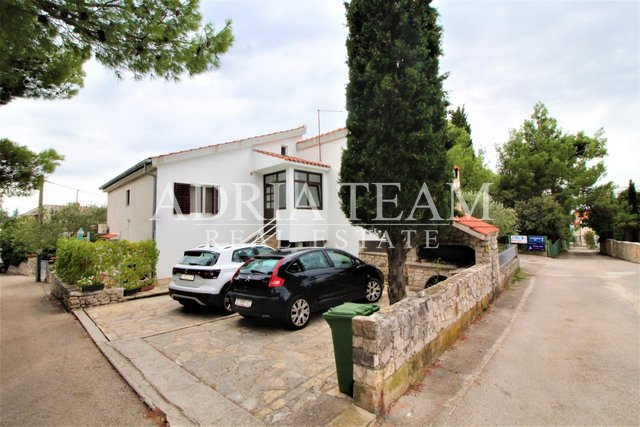 House, 191 m2, For Sale, Pirovac