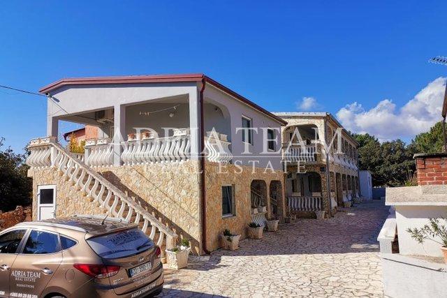 House, 256 m2, For Sale, Vir