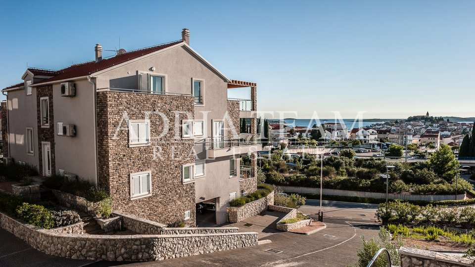 Holiday Apartment, 150 m2, For Sale, Primošten