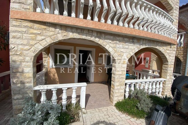 TWO-BEDROOM APARTMENT, PEACEFUL POSITION, VIR - ZADAR