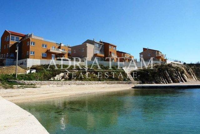 Rekreačné apartmány priamo na pláži, Ražanac - Rtina