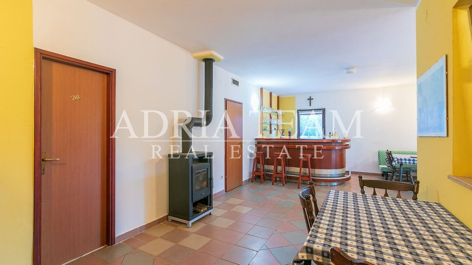 House, 603 m2, For Sale, Pula