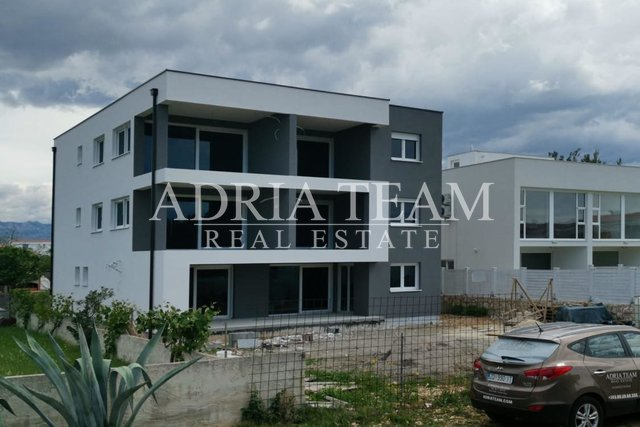 APARTMENTS IN NEW BUILDING, 200 M FROM THE SEA, VIR - ZADAR