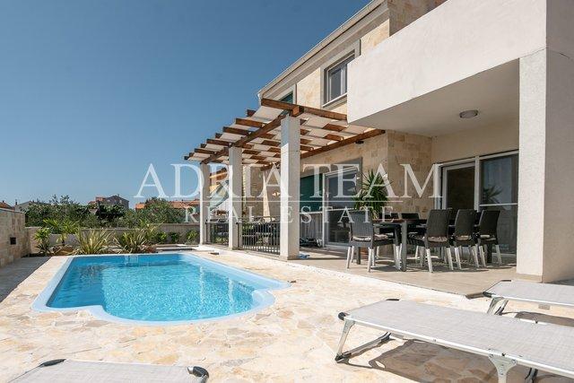 Dům, 167 m2, Prodej, Zadar