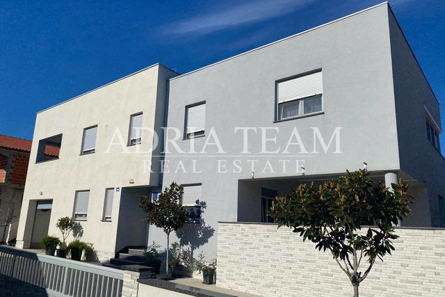 Haus, 334 m2, Verkauf, Vir