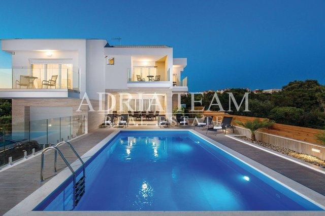House, 145 m2, For Sale, Novalja
