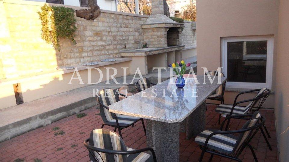 Haus, 395 m2, Verkauf, Stara Novalja