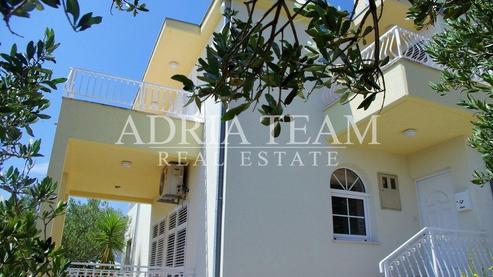 Haus, 208 m2, Verkauf, Makarska - Veliko Brdo