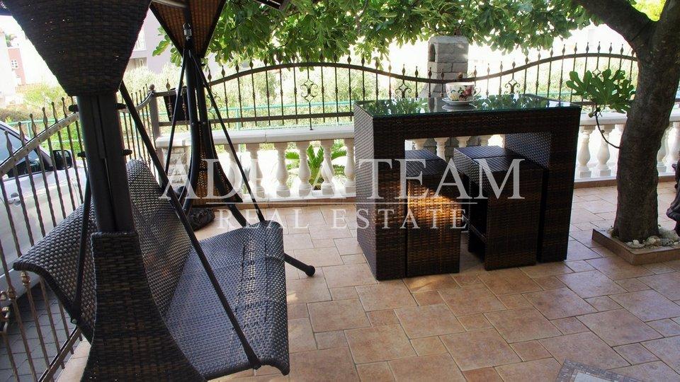 House, 258 m2, For Sale, Makarska