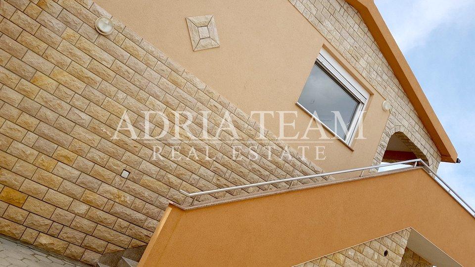 Haus, 238 m2, Verkauf, Vir