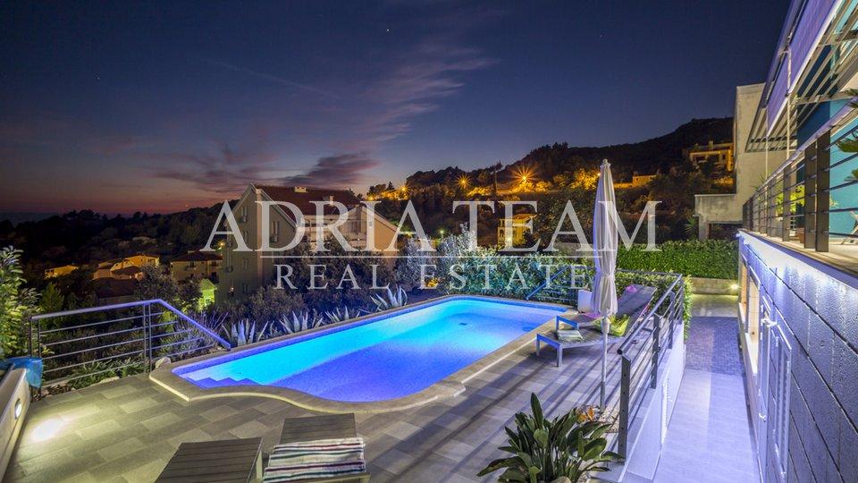 Haus, 350 m2, Verkauf, Makarska