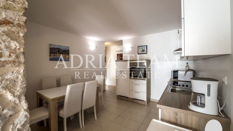 LUXURY APARTMENTS IN THE 1ST ROW TO THE SEA, VINJERAC