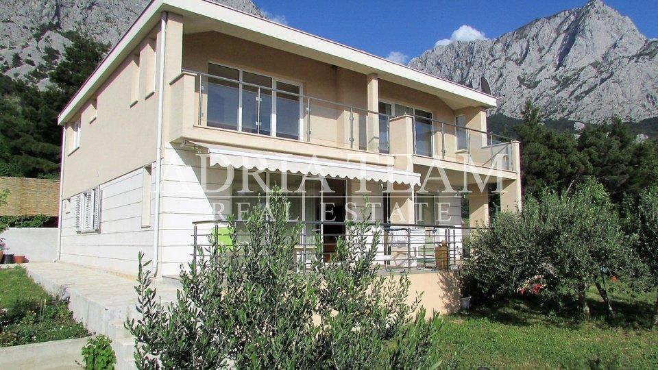 Haus, 337 m2, Verkauf, Baška Voda