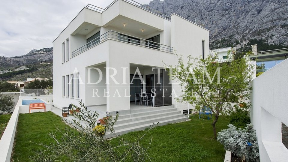 LUXURY VILA WITH POOL AND SEA VEW, MAKARSKA - VELIKO BRDO
