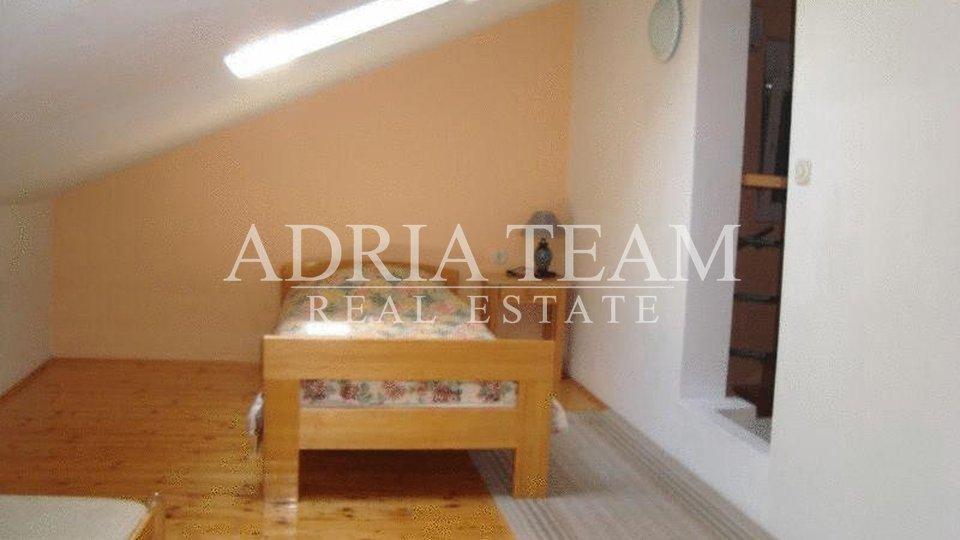 House, 356 m2, For Sale, Zadar - Borik