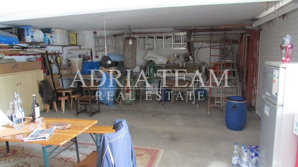 House, 485 m2, For Sale, Trogir - Trogir