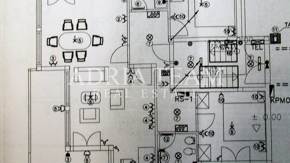 Haus, 524 m2, Verkauf, Okrug - Okrug Gornji