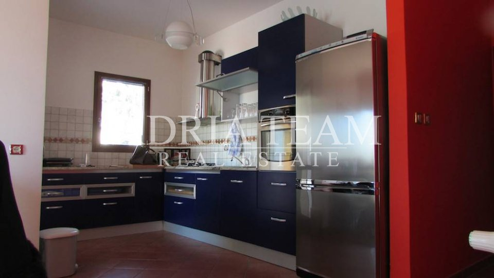 Haus, 400 m2, Verkauf, Ražanac