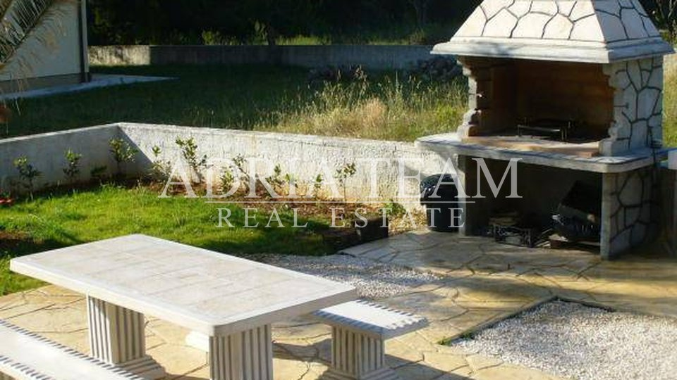 House, 440 m2, For Sale, Privlaka