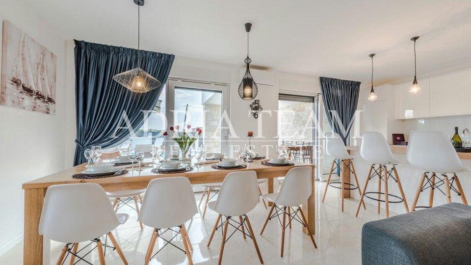 Haus, 322 m2, Verkauf, Sukošan
