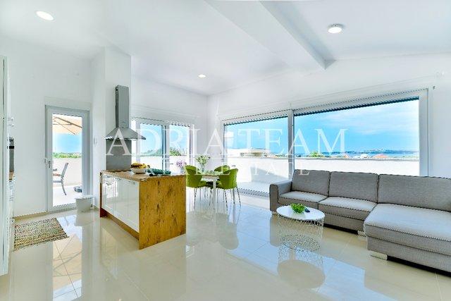 Haus, 400 m2, Verkauf, Privlaka