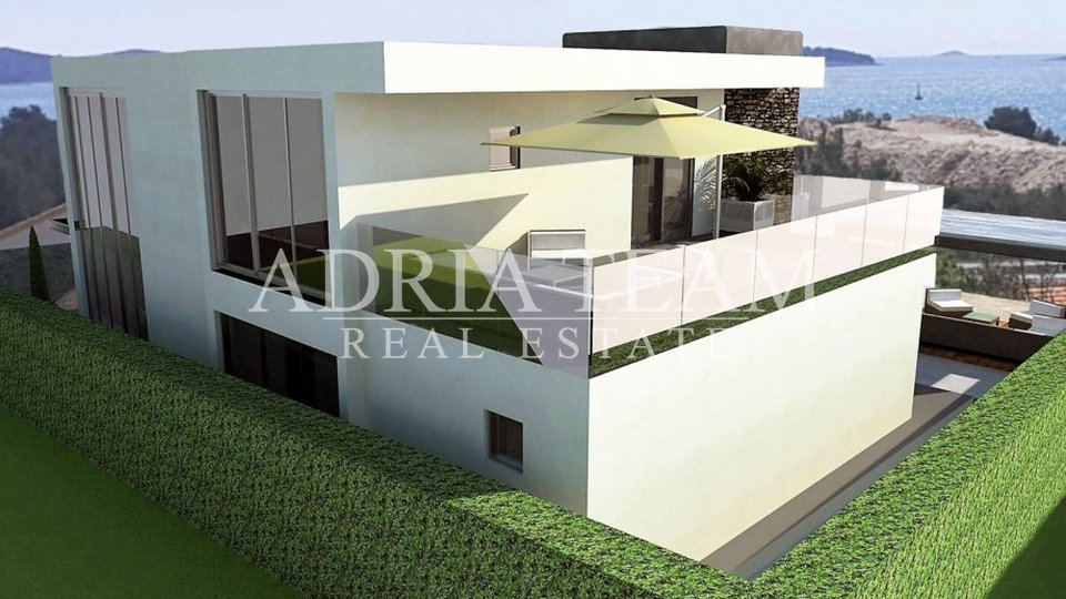 House, 220 m2, For Sale, Šibenik - Brodarica