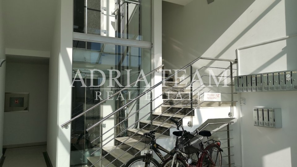 ATTRACTIVE APARTMENT IN ZADAR WITH EXELLENT SEA VIEW