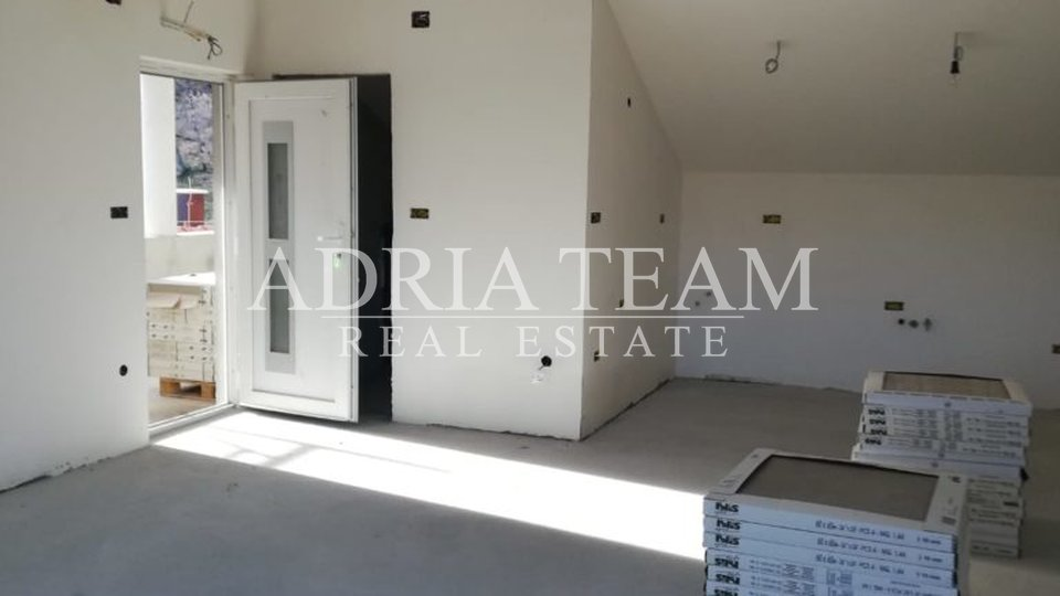 House, 800 m2, For Sale, Pag