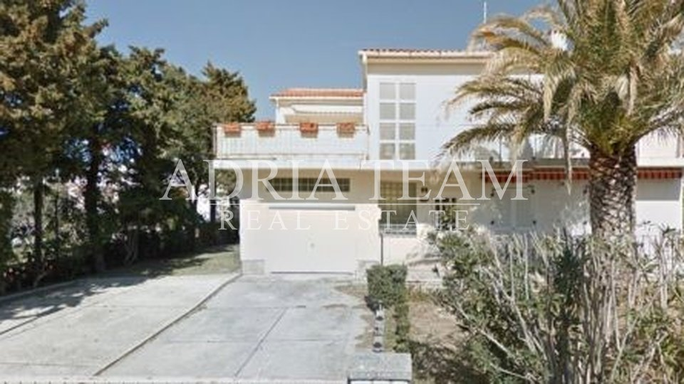House, 160 m2, For Sale, Novalja