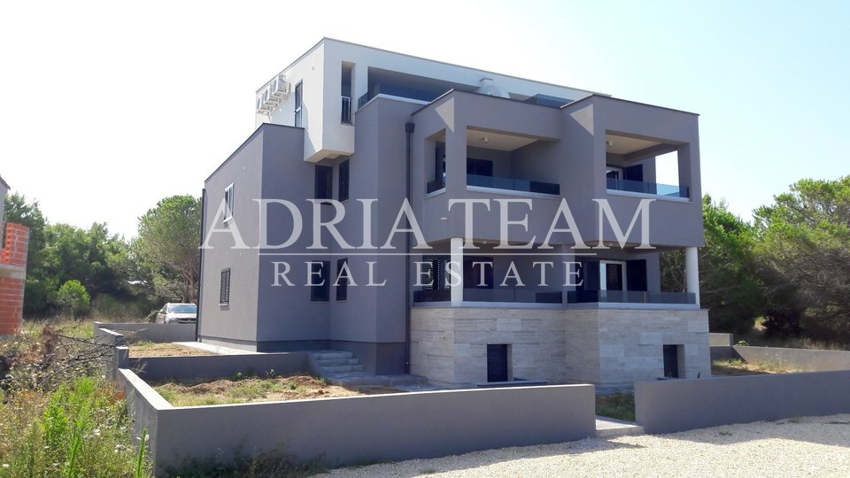 House, 337 m2, For Sale, Privlaka