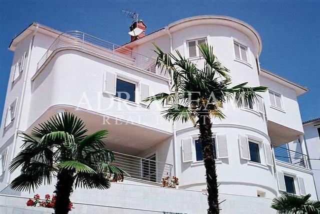 Haus, 570 m2, Verkauf, Opatija