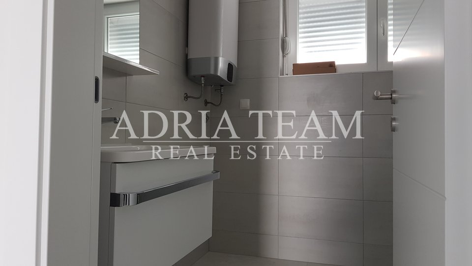 APARTMAN U NOVOGRADNJI, 1. RED DO MORA, VIR